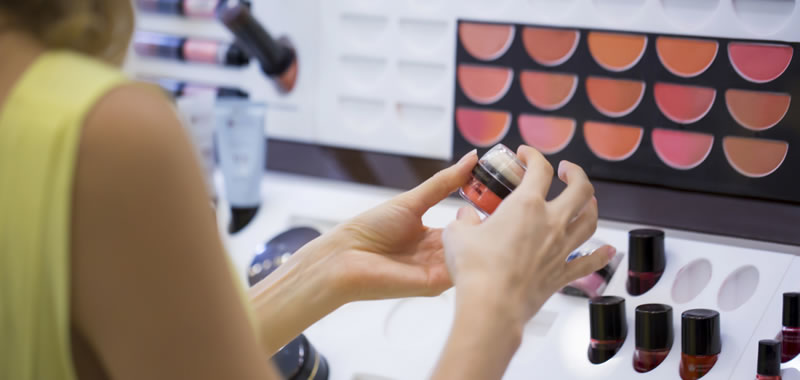 Label trends for cosmetics
